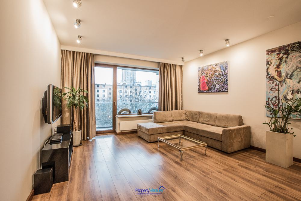 Buy Srodmiescie apartment Warsaw