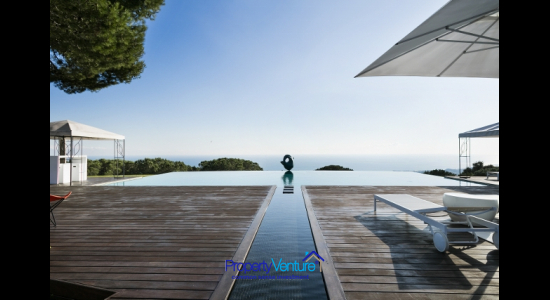 Buy sculpted Barcelona home