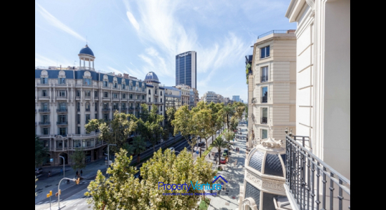 Central Barcelona city luxury apartment